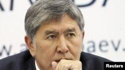 Алмазбек Атамбаев - новый президент Киргизии
