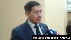 Парламент мәжілісінің депутаты Абай Тасболатов. Астана, 28 қаңтар 2015 жыл.