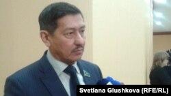 Мәжіліс депутаты Абай Тасболатов. Астана, 28 қаңтар 2015 жыл.