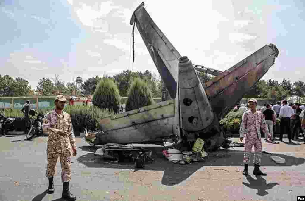 این هواپیما از نوع ایران ۱۴۰ و متعلق به شرکت هواپیمایی سپاهان بوده است.