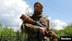 Украинадагы өзбек согушкери Бактияр. Сиверск, 22-июнь, 2014-жыл.