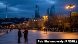 Вечерний вид Баку