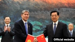 China-Kyrgyzstan - Official visit of the president of KR Atambayev to China, on June 5 2012