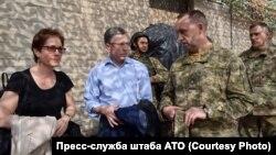 I dërguar i posaçëm i SHBA-së, Kurt Volker viziton Ukrainën lindore