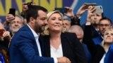 Matteo Salvini cu Marine Le Pen, președinta formațiunii de extremă draptă din Franța, Rassemblement National (RN)