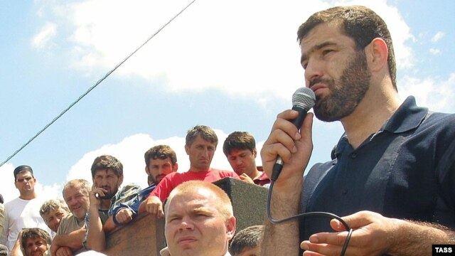 Olympic gold-medal wrestler Sagid Murtazaliev, a member of the People's Assembly of Daghestan, speaks at a rally in 2005.
