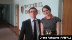 Studenta Ana Celac împreună cu adjunctul ministrului Educației, Igor Grosu