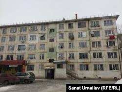 Бывшее общежитие по улице Чурина, 119. Уральск, 28 марта 2018 года.