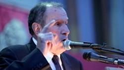 Հայաստան -- ՀԱԿ առաջնորդ Լեւոն Տեր-Պետրոսյանը ելույթ է ունենում Կոնգրեսի հրավիրած հանրահավաքում, Երեւան, 8-ը մայիսի, 2012թ․