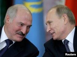 Александр Лукашенко и Владимир Путин в Москве после заседания Совета ЕврАзЭС. 23 декабря 2014 года