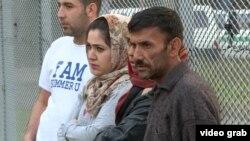 Мігранти в таборі для біженців у Чехії. Листопад 2015 року