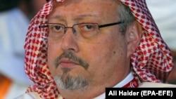 Майк Помпео (ліворуч) на зустрічі з наслідним принцем Саудівської Аравії Мухаммадом бін Салманом, якого підозрюють у замовленні вбивства Хашокджі. Ер-Ріяд, 14 січня 2019 року