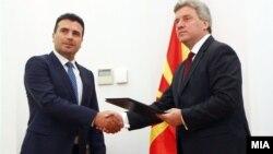 Архивска фотографија - Претседателот Ѓорге Иванов му го даде мандатот на Зоран Заев.