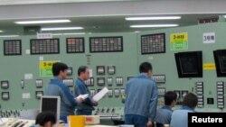 Пульт управления реактором номер 3. Снимок сделан в сентябре 2010 года