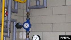 Необходимость в повсеместной установке водомеров вызывает у экспертов сомнения.