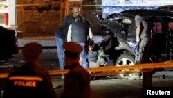 Վրաստան - Իրավապահները քննչական գործողություններ են իրականացնում Գիվի Թարգամաձեի պայթեցված ավտոմեքենայի մոտ, Թբիլիսի, 4-ը հոկտեմբերի, 2016թ․