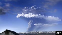 Извержение исландского вулкана Гримсвотн