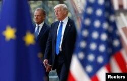 Президент США Дональд Трамп (п) і президент Європейської ради Дональд Туск (л) в Брюсселі, 25 травня 2017 рік