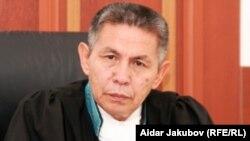 Судья городского суда Алматы Ермахан Дильдабаев. 11 августа 2010 года.