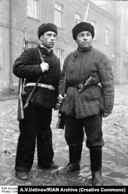 Московские рабочие-ополченцы. Октябрь 1941 года