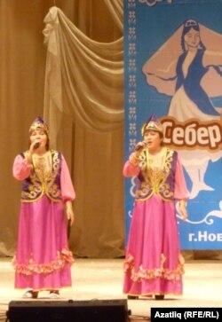 Новосибирски өлкәсенең Чаны районы җырчылары