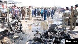 На місці одного з вибухів в Аль-Куті, 29 липня 2013 року
