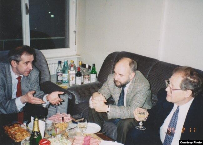Андрей Ковалев с Вячеславом Бахминым и Сергеем Ковалевым. Фото из личного архива