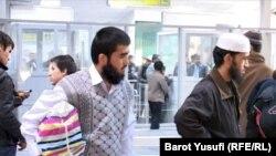 Из 60 жителей Куляба, обучавшихся в разных исламских странах, 41 вернулись на родину.