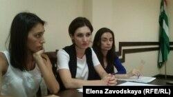 Слева направо: Гульгаз Мамедова, Инга Габилаия и Стела Лолуа