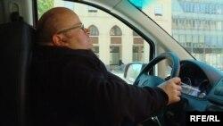 Освальд Утц за кермом