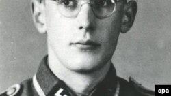 Бывший охранник концлагеря Освенцим Оскар Гроунинг