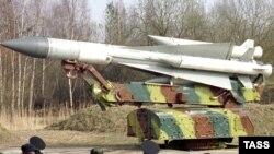 Ресейлік С-200 зымыраннан қорғаныс жүйесі. (Көрнекі сурет).