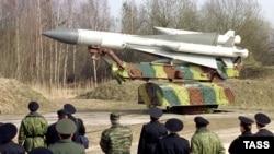 عکسی از ضد موشک های سی ۲۰۰ روسی. روسیه هزینه های نظامی خود را سه برابر کرده است.