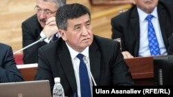 Экс-премьер-министр Сооронбай Жээнбеков.