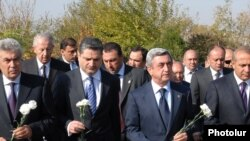 Armenian leaders paid tribute to the victims of the October 27 parliament shooting with a special ceremony.