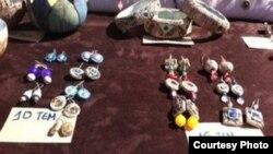 Рынок города Волос: стоимость продукции указана в ТЕМах