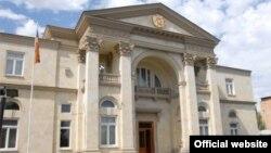 Бывшая резиденция президента Армении, ныне - резиденция премьер-министра Армении по адресу проспект Баграмяна 26