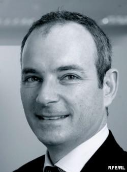 Глава международного отдела ТНК-ВР американец Шон Маккормик выступил свидетелем обвинения