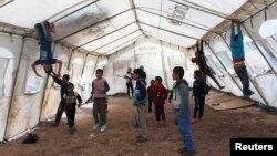 Деца-бегалци од Сирија во Либан.