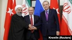 Ռուսաստանի, Իրանի և Թուրքիայի նախագահներ Վլադիմիր Պուտինը, Հասան Ռոհանին և Ռեջեփ Էրդողանը հանդիպում են Սոչիում, 22-ը նոյեմբերի, 2017թ․
