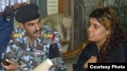 الشرطة تستجوب الإنتحارية رانيا العنبكي