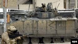عملیات مشترک نیروهای آمریکایی و عراقی برای مقابله با نیروهای شورشی ادامه دارد.