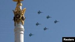 Қазақстан әскери ұшақтары. Астана, 7 мамыр 2014 жыл. (Көрнекі сурет)