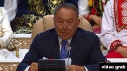 Gazagystanyň prezidenti Nursoltan Nazarbaýew.