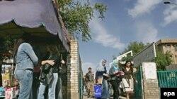 Гуляй не хочу. Министерство образования распустило студентов по домам после вооруженного налета на одно из образовательных учреждений столицы
