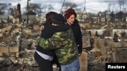 В пригороде Нью-Йорка после урагана Сэнди. 2012 г.