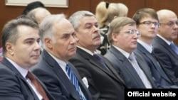 Ambasadori Rusije, Belorusije i Ukrajine u Beogradu prisustvovali su zajedničkoj sednici sekcija za Rusiju, Belorusiju, Ukrajinu i Kazahstan, koje rade u okviru Odbora za ekonomske odnose sa inostranstvom Privredne Komore Srbije i okupljaju ukupno 393 pre