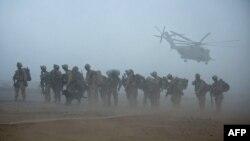 آرشیف: نیروهای ایالات متحده در ولایت هلمند افغانستان، ۲ جولای ۲۰۰۹