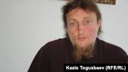 Отец Софроний, бывший руководитель приюта для детей и престарелых. Алматинская область, 24 июля 2013 года.