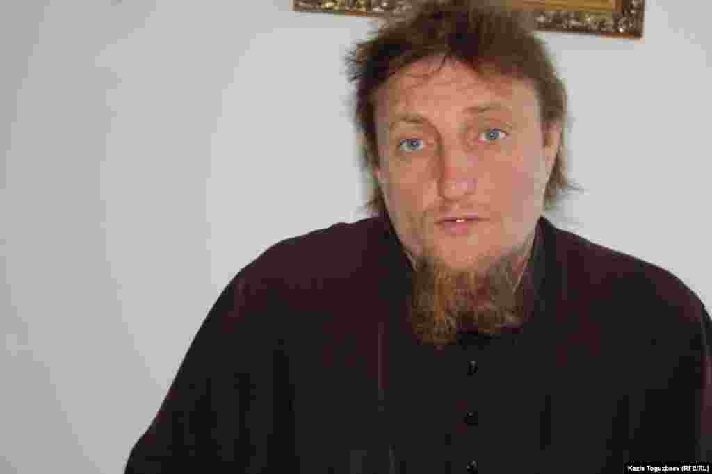Отец Софроний, в миру Петр Евтихеев.